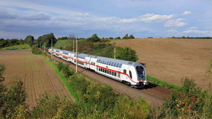 IC 2 auf dem Weg nach Magdeburg © DB AG/Georg Wagner