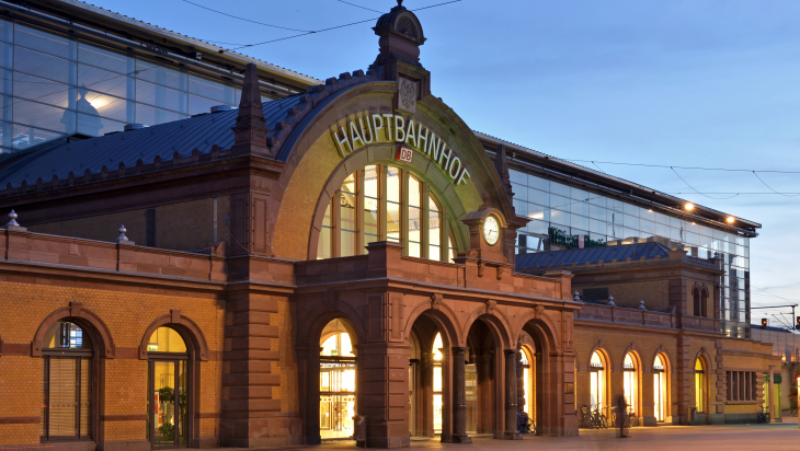 Erfurter Bahnhof; Bild: DB AG / Christian Bedeschinski