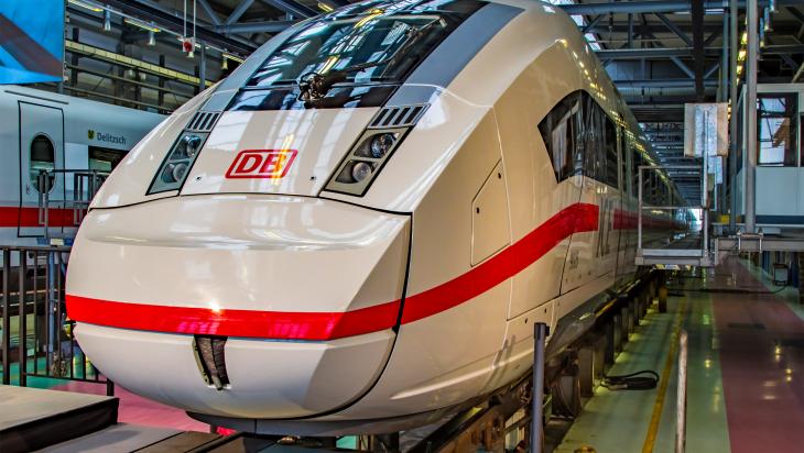 Berlin_ICE4 im Werk / Bild: DB AG/Hartmut-Joachim Sigrist