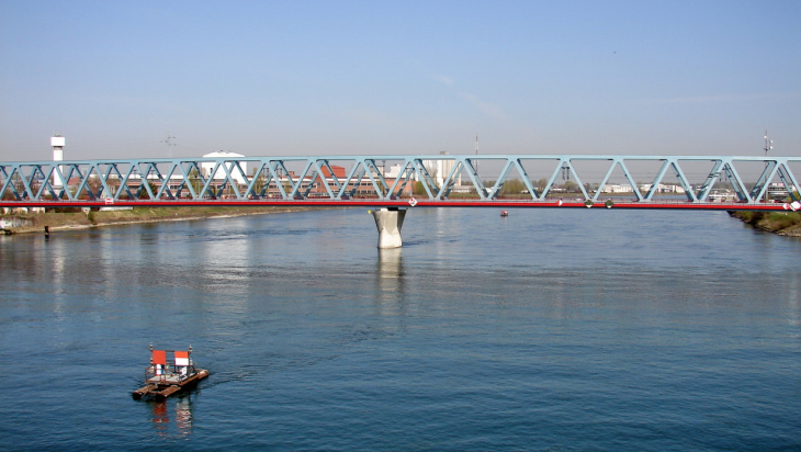 Eisenbahnbrücke Kehl / Bild: DB AG/Helmlechner