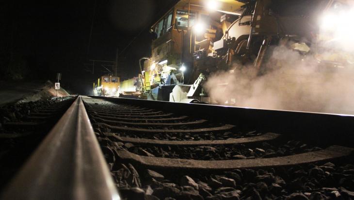 Gleisbauarbeiten; Bild: DB AG/ Frank Kniestedt