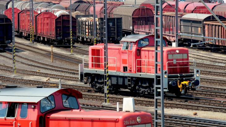 Güterverkehr bei der Bahn; Bild: DB AG / Wolfgang Klee (DB92974)