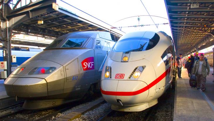 ICE 3 MF und TGV in Paris / Bild: DB AG/Bartlomiej Banaszak
