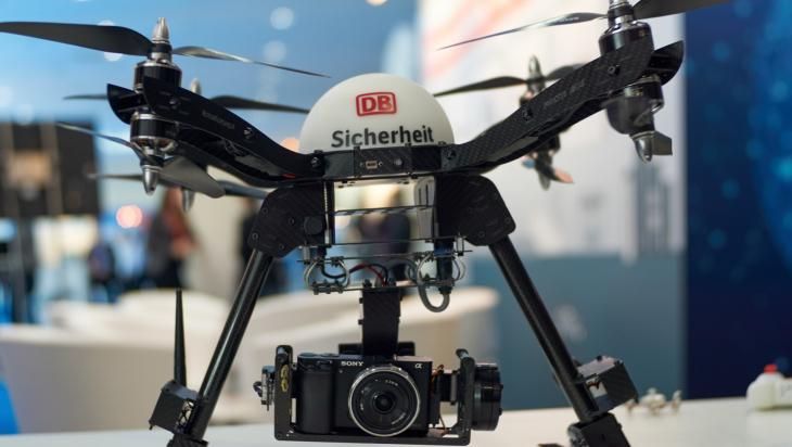 Drohne; Bild: DB AG / Kai-Michael Neuhold