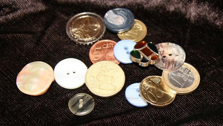 Geld oder Knopf? Der Automat kann das erkennen © DB AG