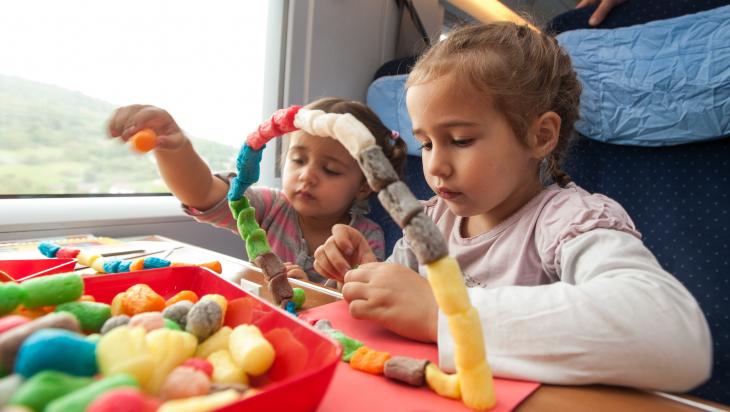 Kinderbetreuung im ICE © DB AG/ Andreas Varnhorn