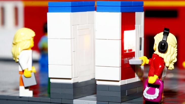 Fahrkartenautomaten im Miniformat © LEGOLAND® Discovery Centre Berlin