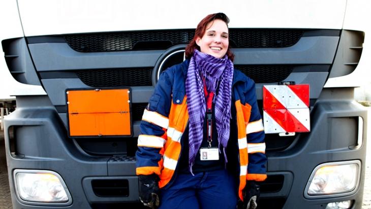 Lkw-Fahrerin © DB AG/Markus Hintzen