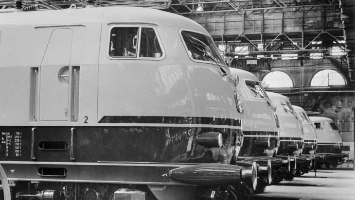 So sahen die schnellen Züge früher aus; Bild: DB Museum, Nürnberg