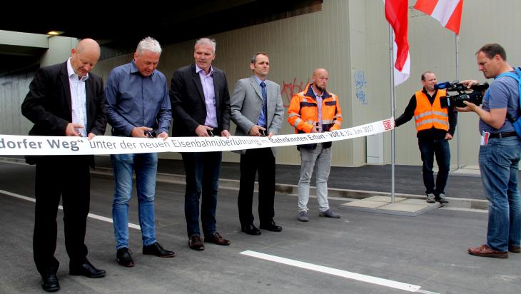 Olaf Drescher bei der Eröffnung eines Streckenabschnittes; Foto: DB AG/Frank Hannes
