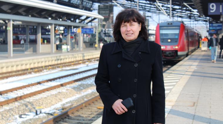 Bahnhofsmanagerin; Bild: DB AG / Kolja Kärcher
