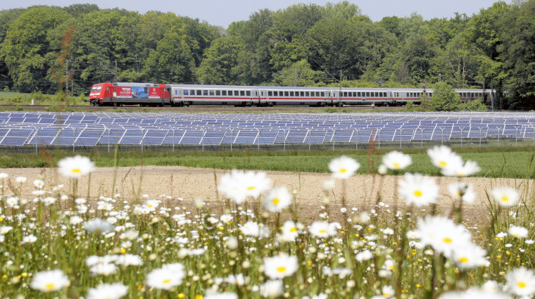 Die Deutsche Bahn ist Umwelt-Profi; Bild: Deutsche Bahn AG/Wolfgang Klee (DB95916)