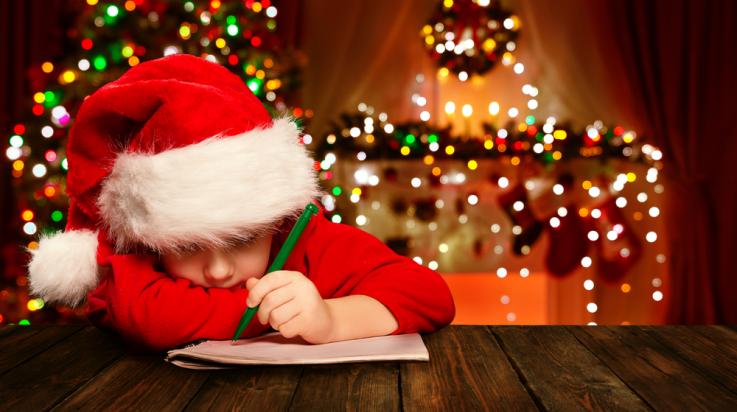 Schreib deinen Wunschzettel an den Weihnachtsmann! / Foto: shutterstock.com/Inara Prusakova