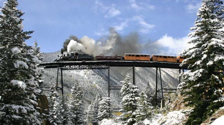Dampflok auf der Devil's Gate High Bridge; © Dan Adler / Historic Rail Adventures