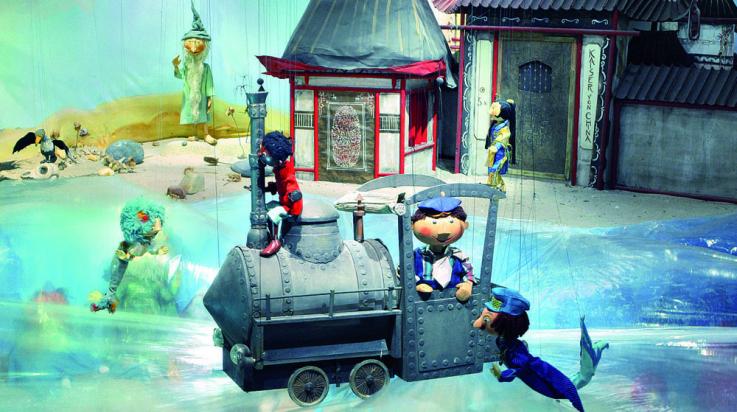 Die Dampflok Emma erlebt mit Jim Knopf und Lukas dem Lokomotivführer viele Abenteuer © Augsburger Puppenkiste